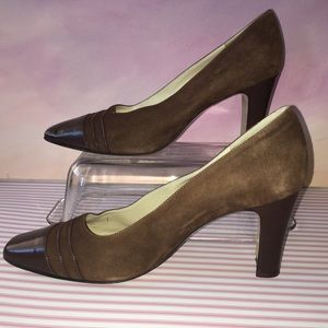 Gucci Cognac Brown Suede 8 ½ or 9M Heels Vintage